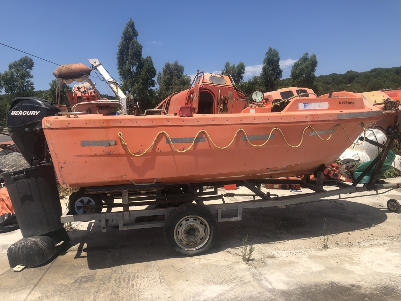 Open Lifeboat with 25HP 4 Stroke Outboard Engine